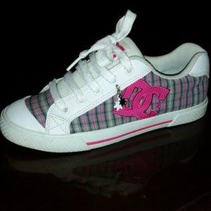 DC 7.5W Skate Shoes Plaid Pink White Blue